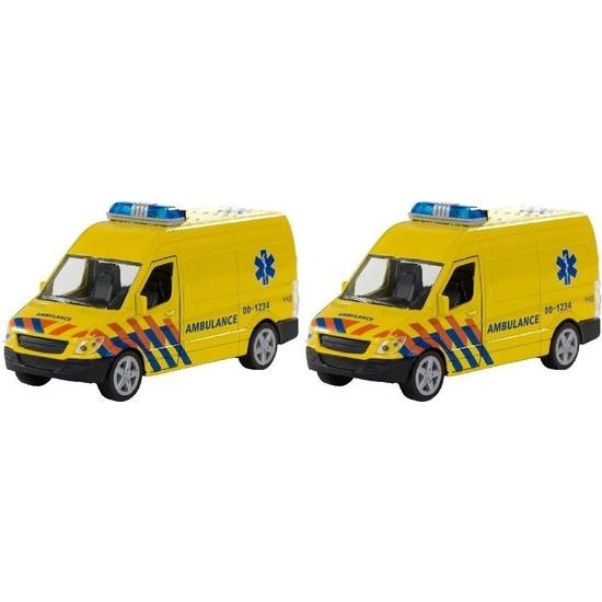 2x Speel 112 ambulance met licht en geluid