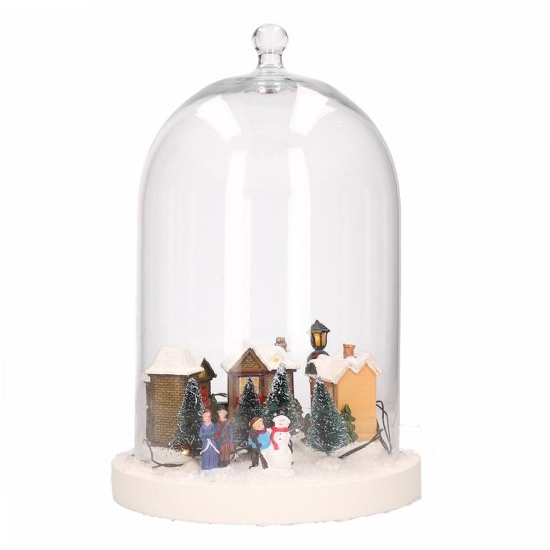 DIY kerstdecoratie stolp met verlicht kerstdorp