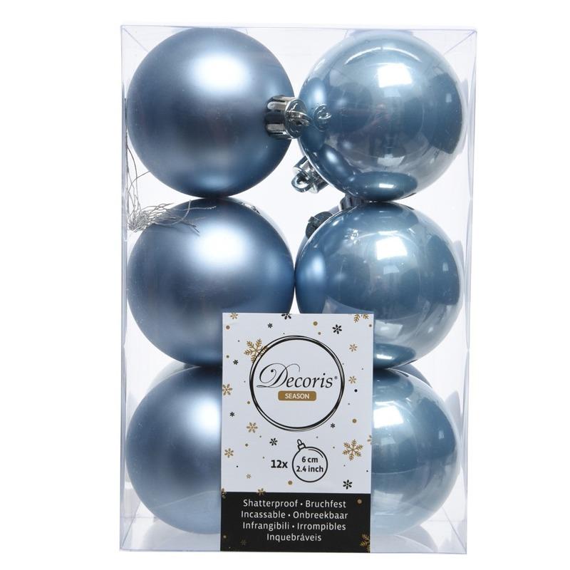 Kerstboom ballen 24x ijsblauw 6 cm