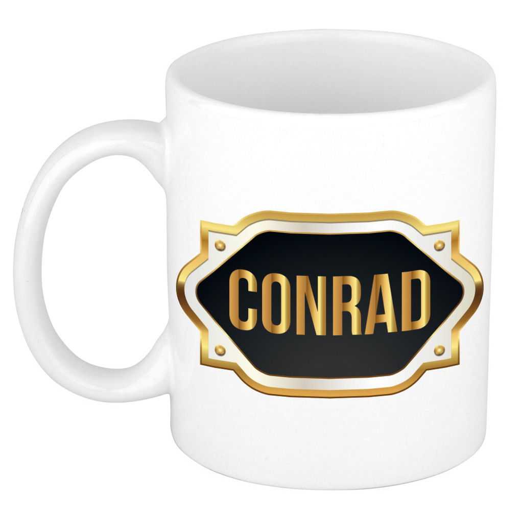 Naam cadeau mok-beker Conrad met gouden embleem 300 ml