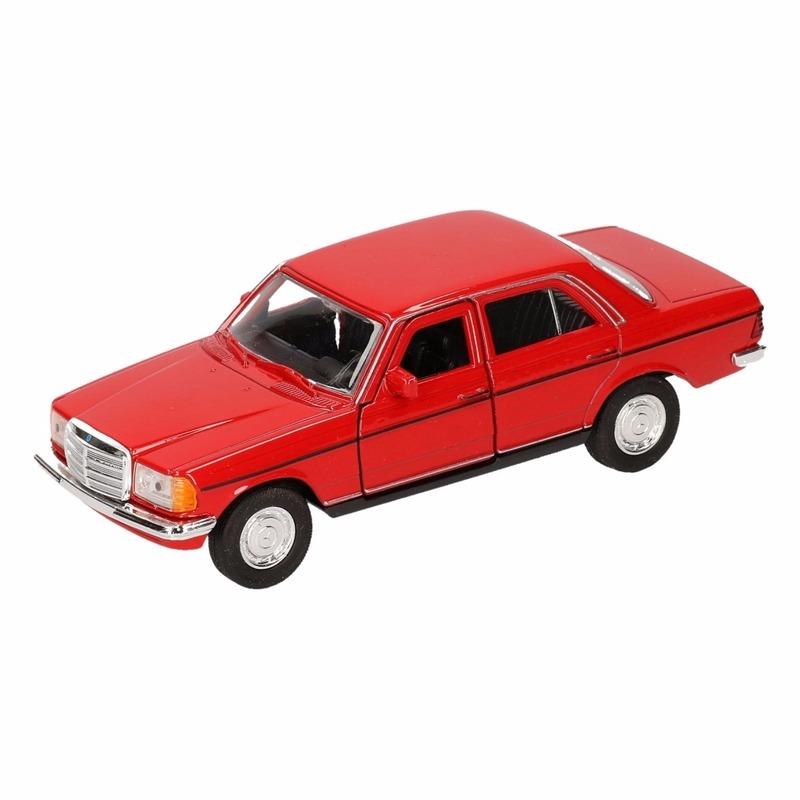 Speelgoed rode Mercedes-Benz W123 12 cm